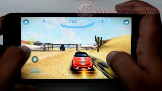Gaming ASUS Zenfone Selfie