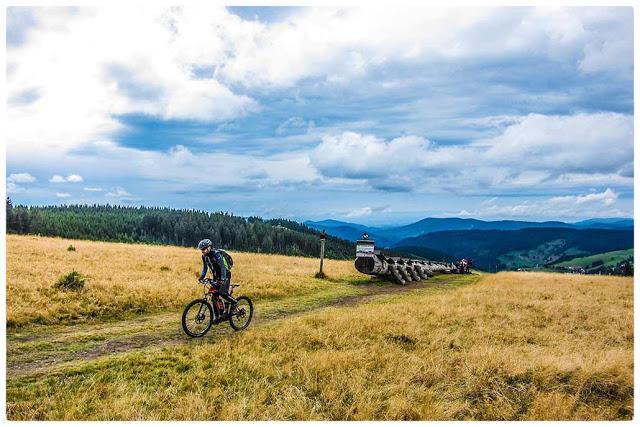 Die Gegend rund um Freiburg ist für ausgiebige eMTB-Touren wie geschaffen.