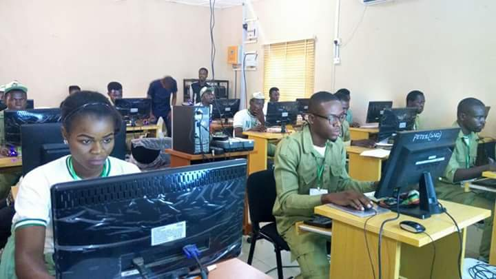 https://9jaskulinfo.blogspot.com/2017/10/photos-corps-members-in-ict-competition.html