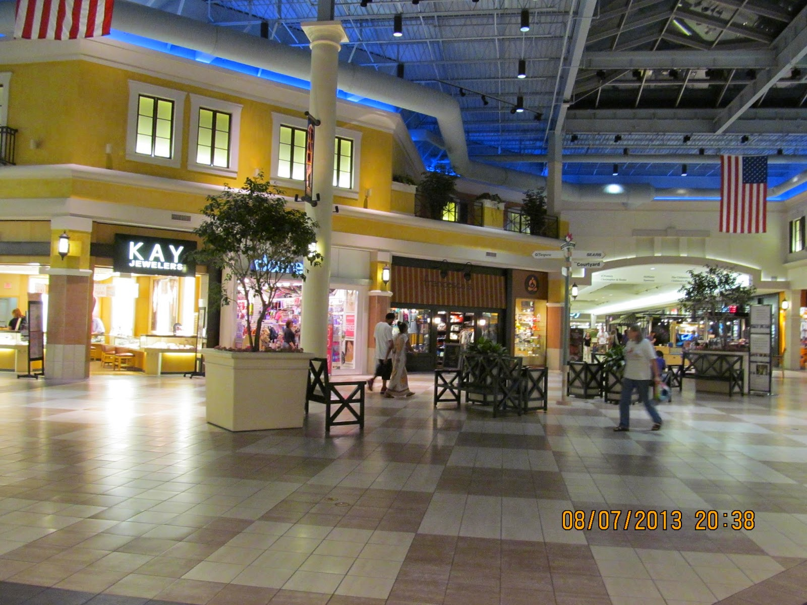 Aug 21, · The Market Place Shopping Center in Champaign is easy to find: right off I, left to bookbestnj.cf, if you go east. Huge parking lot, easy access to the mall, pretty standard (for Midwest) set of shops inside, just as practically in any mall in Illinois, 4/4(22).