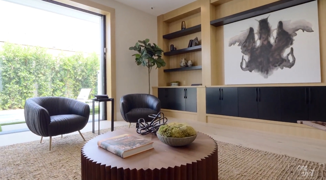 36 Interior Design Photos vs. 8235 W 4th St, Los Angeles Luxury Home Tour