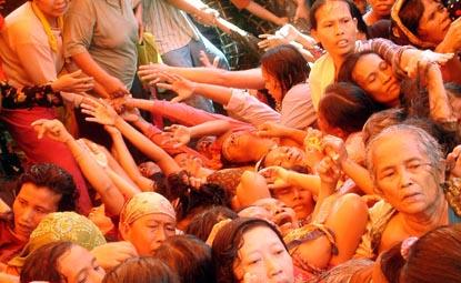 Badan Amil Zakat Fitrah 2013 Belajarberbagi Bersamaberbagiblogspot Niat Aryadevi Sudut Kelas Media Belajar Siswa Kemiskinan Yang Diumbar