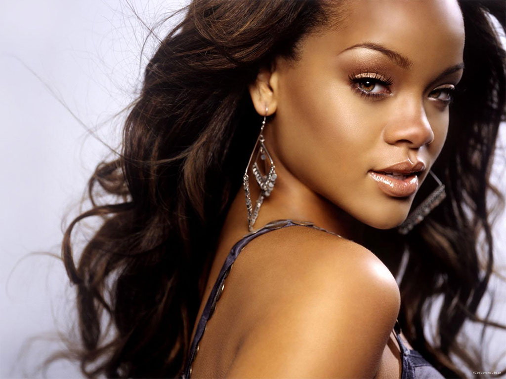 45 Most Beautiful Black Women Around The World: Rihanna