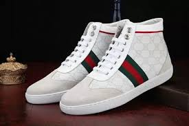 9d54a02726a cheap gucci shoes from china Chatting with strangers can give full play to  her theatrical character