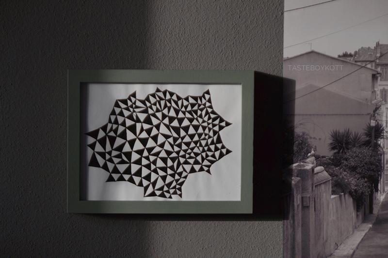 DIY geometrische Kunst mit Tusche in schwarz-weiß zeichnen. Tasteboykott