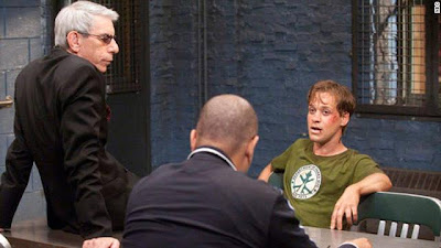 TR Knight as an accused rapist on Law & Order SVU, being interviewed by Richard Benjamin and Ice-T