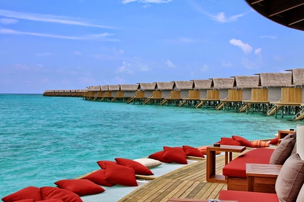 Centara Ras Fushi Maldives Resort & Spa