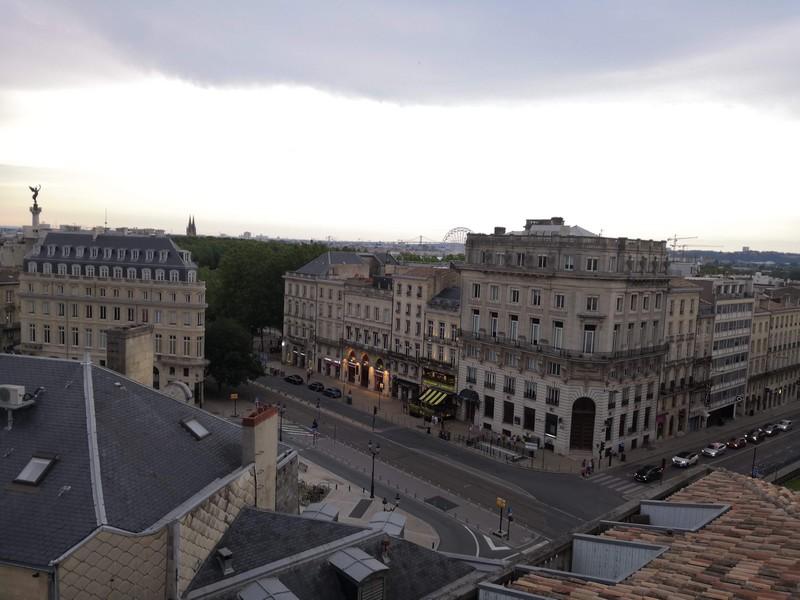 Rooftop de Bordeaux vue sur les toits