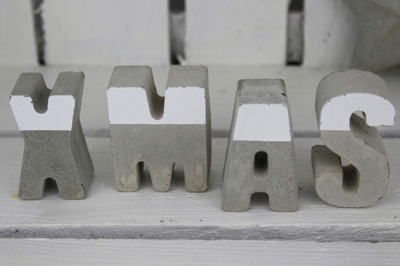 DIY Beton Buchstaben XMAS ganz einfach selber machen - wunderschöne, kleine Weihnachtsdeko