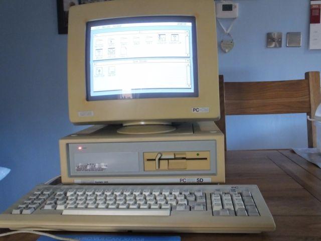Amstrad PC1512SD