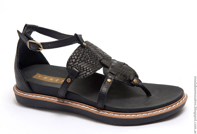 Moda primavera verano 2017 sandalias y zapatos.
