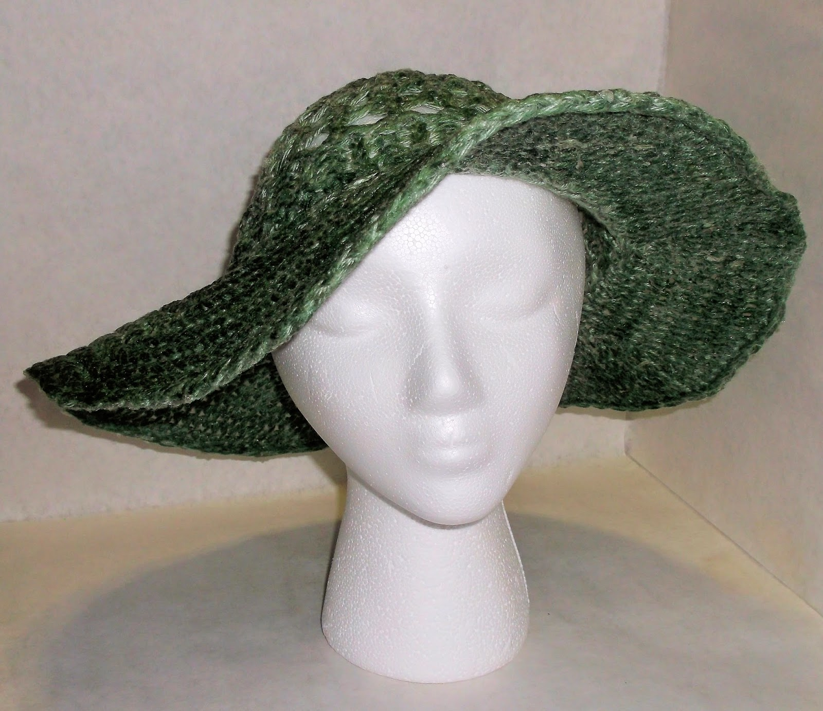 8602b67b784 The Loom Muse   How to Loom Knit a Summer Hat