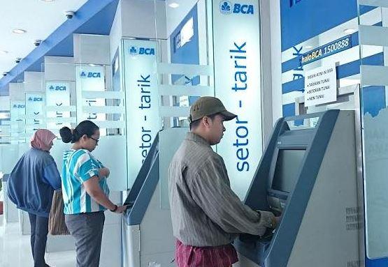 Lokasi Atm Bca Tarik Tunai Tanpa Kartu Debit Atm Jabodetabek Informasi Perbankan