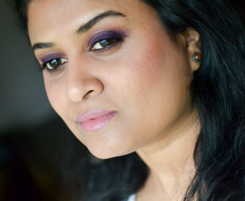 Easy Steps Tutorial How to Apply Purple Smokey Eyes Makeup Look for Brown Eyes - Neutral Pink Lips