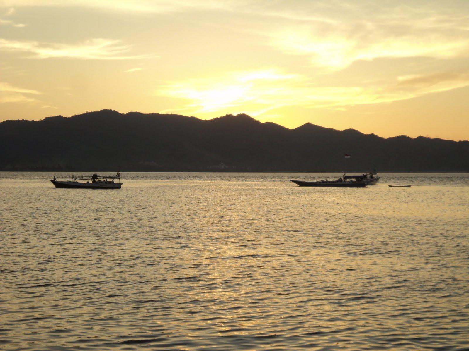 Foto Pantai Manakarra Mamuju