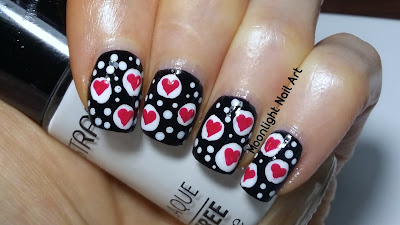 Valentine's Day Nail Art Design - Hearts Nail Art