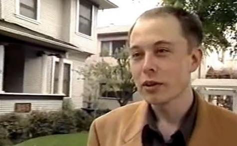 Elon Musk de joven y sin pelo