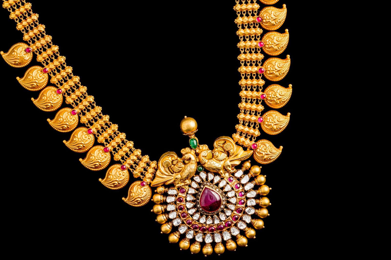 Traditional mango necklace jewellery designs for Design traditional