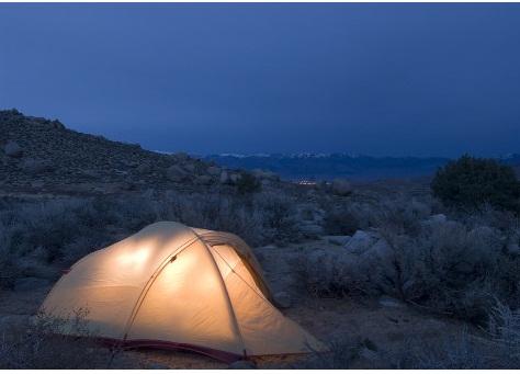 Consejos, como acampar en una tormenta de primavera grave