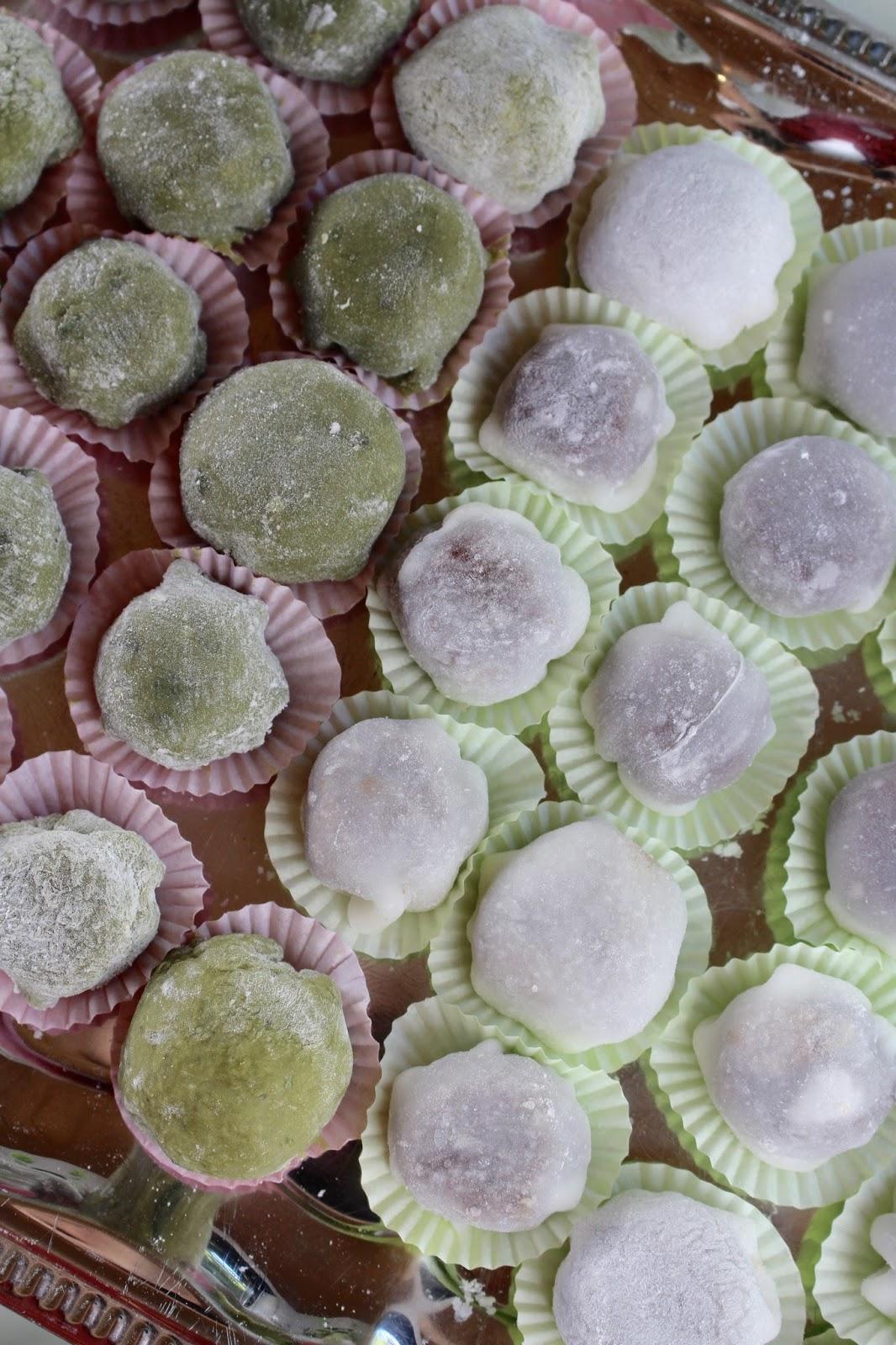Daifuku Mochi - japanischer Reiskuchen mit Azuki Bohnen Paste