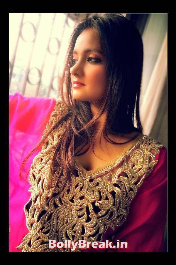 , Upcoming Indian Model Meenakshi Shastri Hot Photos