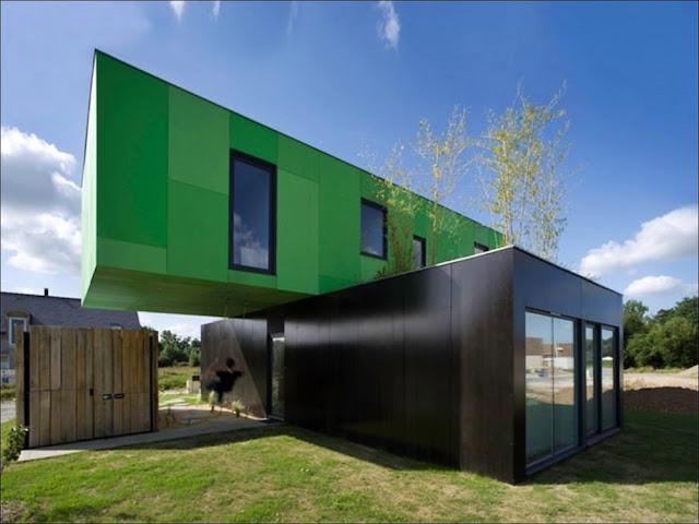 Casa sustentável feita com containers