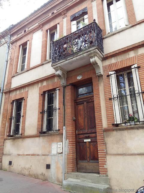 Fasada budynku we Francji