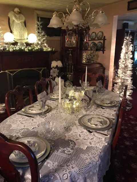 My Friend Anne Marie's House at Christmas, 2019