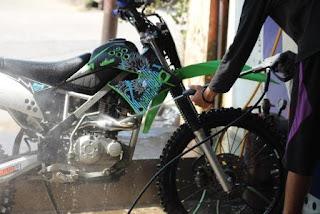 Alasan Memulai Usaha Cuci Motor