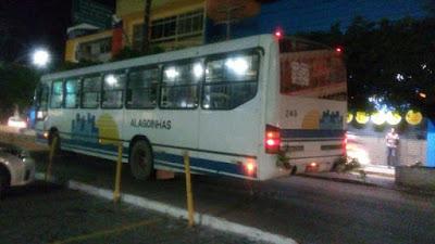 Passageiros denunciam situação vergonhosa do transporte público, em Alagoinhas