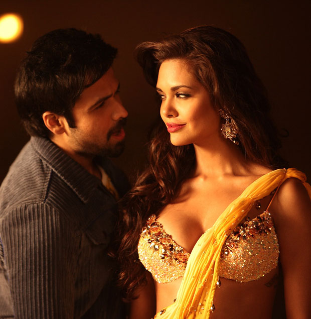 Esha Gupta Latest Unseen Hottest Pictures Gallery -7347