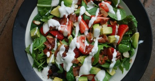 Strawberry, Avocado and Bacon Salad with Creamy Dressing