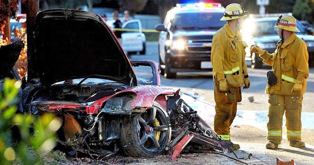 Maşina în care a murit actorul Paul Walker
