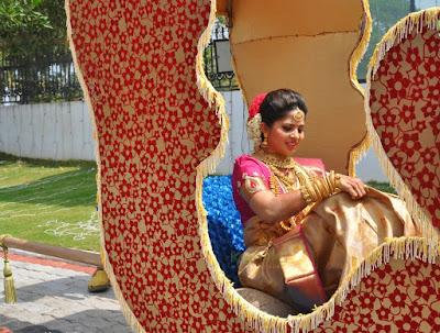 devika-madhavan-aditya-anbu-marriage-photos-05-03092