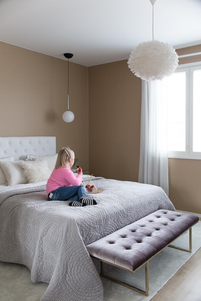 makuuhuoneen sisustus, sisustus, Villa H, piknik, lapset yökylässä, mansikat