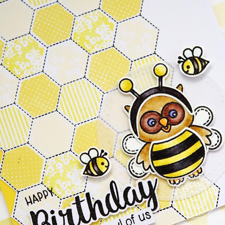 sunny studio happy owl o ween bumble bee themed birthday card