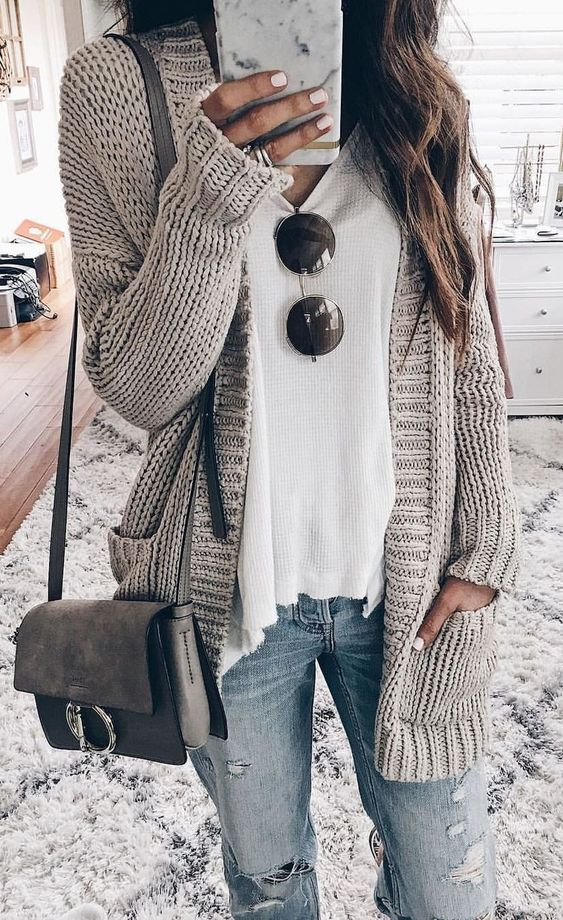Cute Outfit With A Cardigan You Need To Try