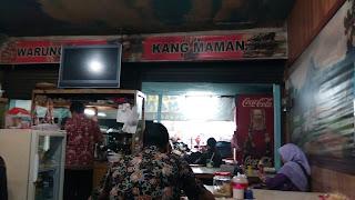Suasana Warung Sate Kang Maman Depan Detta Marina