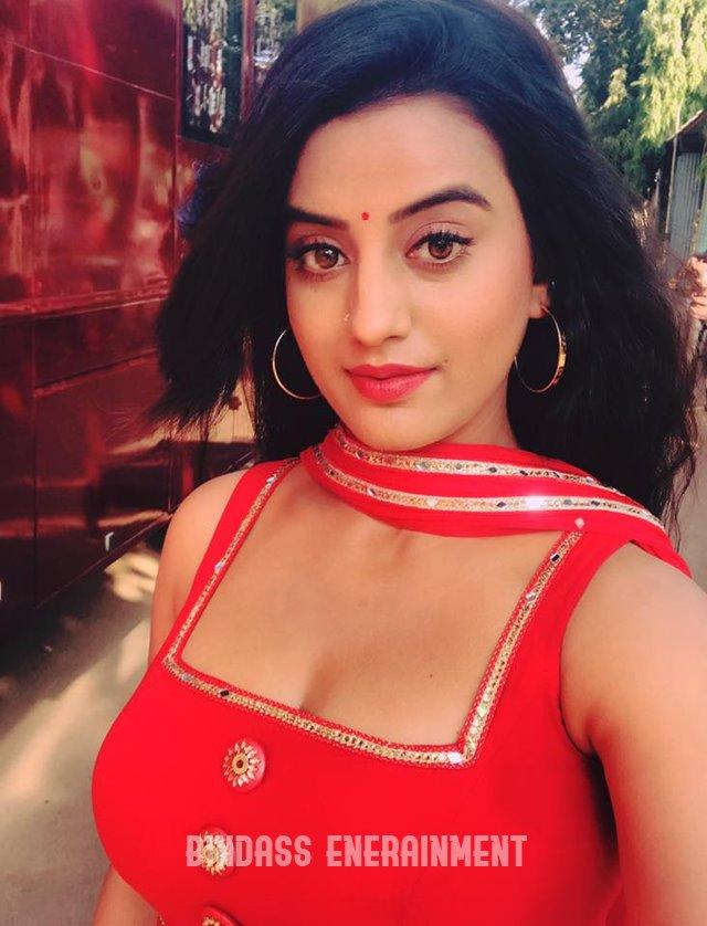 Akshara Singh2