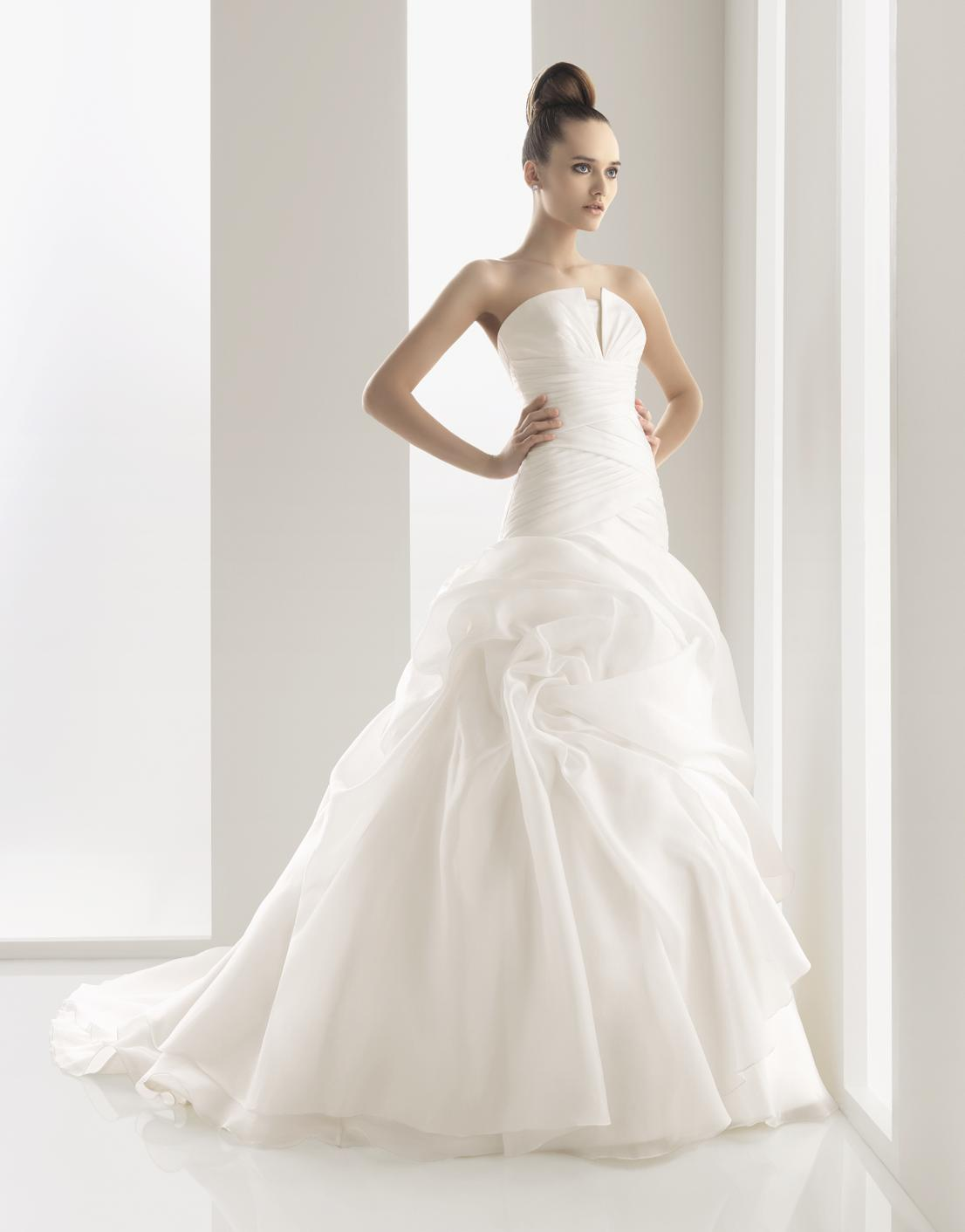Cheap wedding dresses with elegant style living rooms for New wedding dress styles
