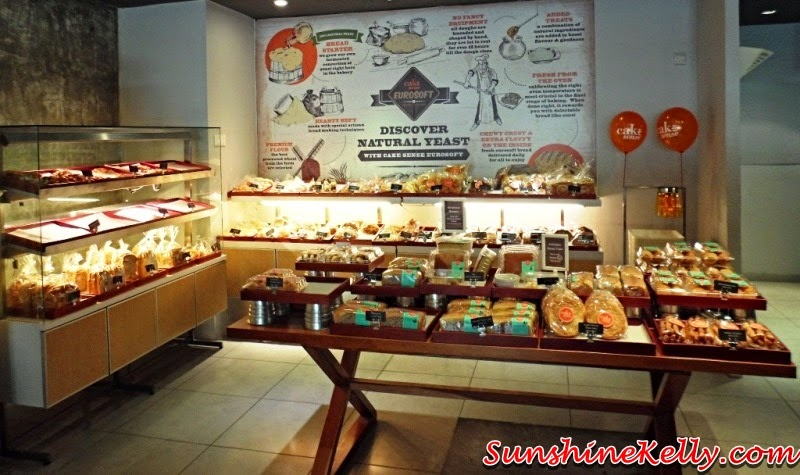 cafe, bakery, cake sense, cake deco diy, cake sense TTDI, cake design, cake diy, design your own cake, do it yourself cake