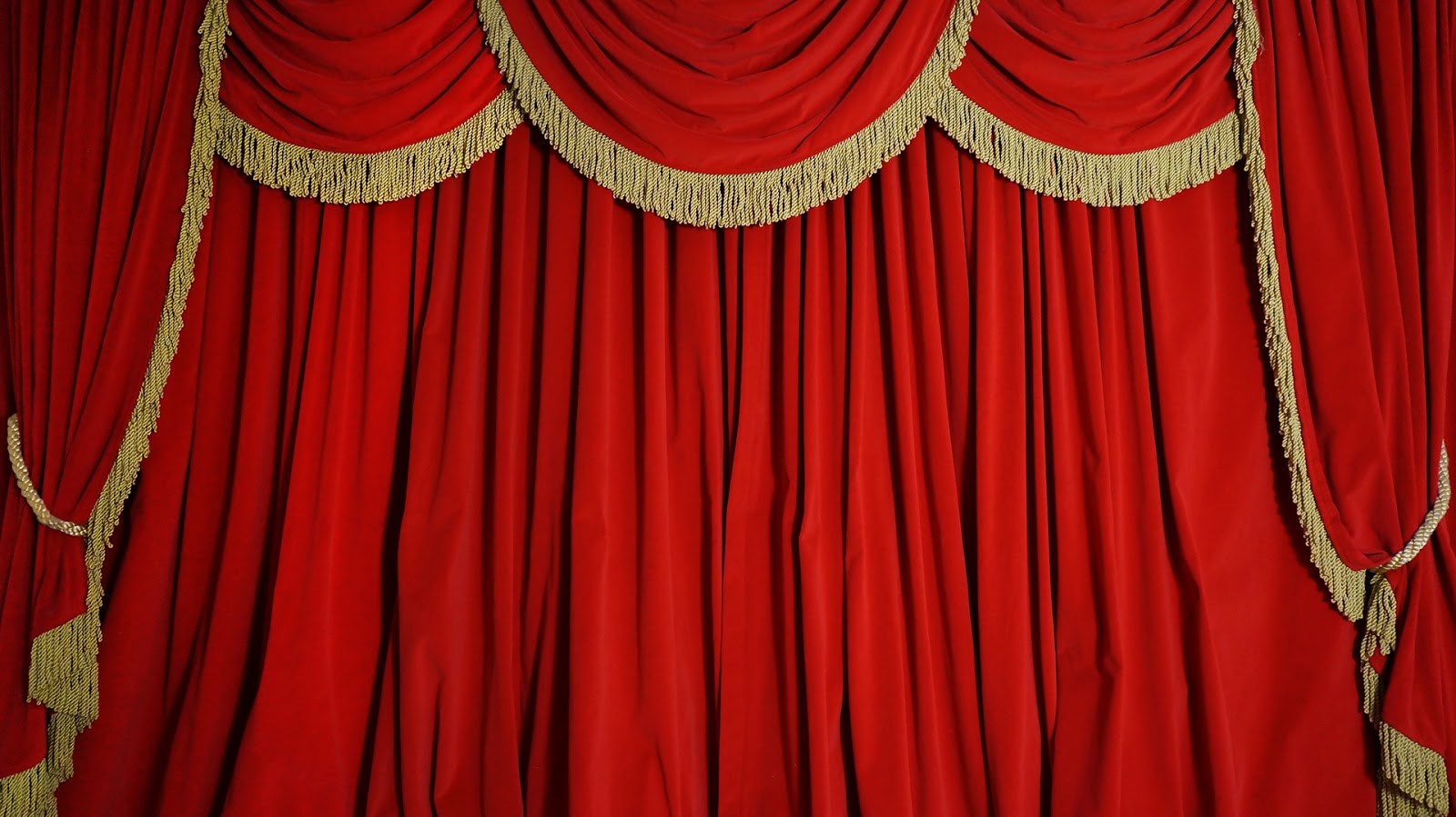 show curtain | Boatylicious.org