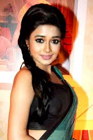 Biodata dan Foto Tina Dutta sebagai Ichcha Veer Singh Bundela