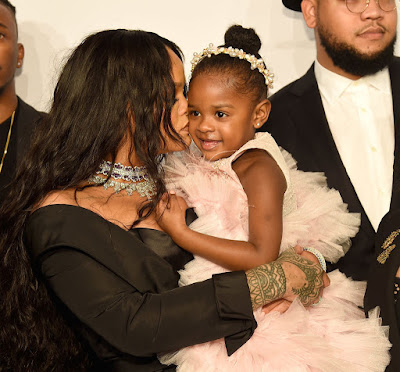 GettyImages 847123888 - GLOBAL: Rihanna Was All About Family At Her 3rd Annual Diamond Ball (Photos)