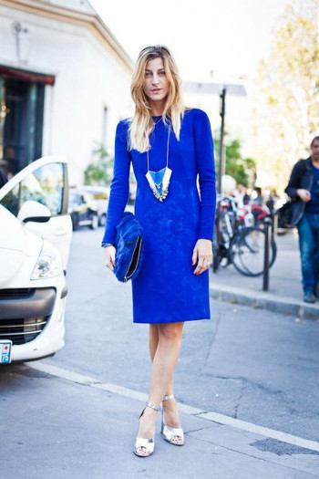 cobalt blue dress with silver shoes