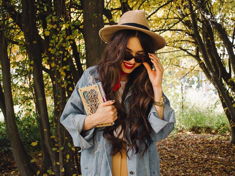 fashion blogger diyorasnotes autumn denim jacket midi skirt hat%2B%25286%2B%25D0%25B8%25D0%25B7%2B24%2529 - RED LIPS, BANDANA AND MIDI SKIRT