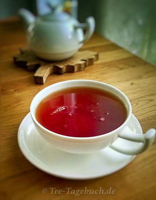 Teetasse und Teekanne