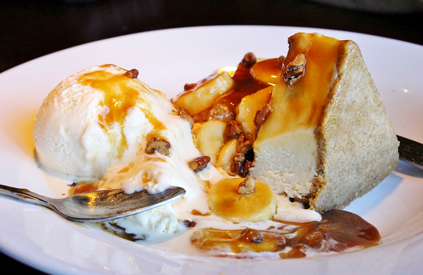 Bananas Foster Cheesecake dessert at Lobsterfest 2017- Red Lobster. #CelebrateLobster #AD