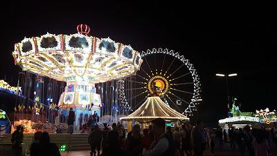 Oktoberfest bei Nacht