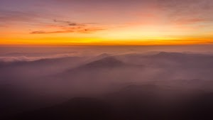 Horizon before sunrise, view from Pumara Parvatha peak